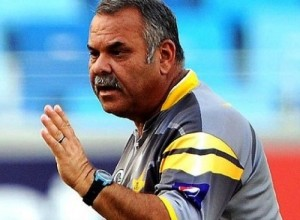 Dav Whatmore is appointed Zimbabwe cricket team coach for 2015 ICC world cup.