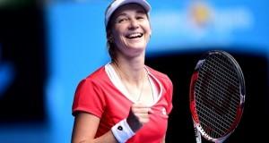 Makarova beats Halep to enter in Aus Open 2015 Semi-Final