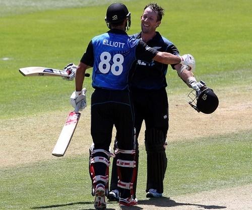 Luke Ronchi and Grant Elliott scored tons in Dunedin ODI against Sri Lanka.