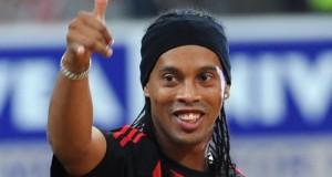 Ronaldinho told Maradona: Brazil can win 2015 Copa America