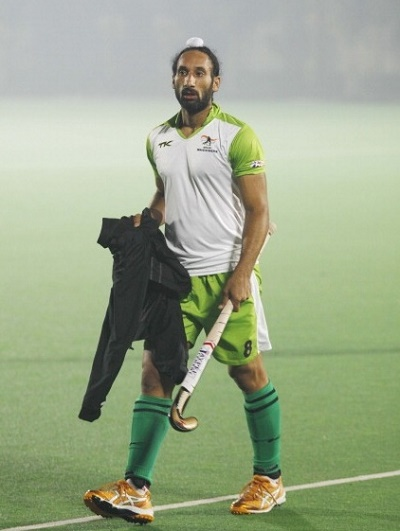 Sardar Singh says Delhi Waveriders can defend hockey india league title.