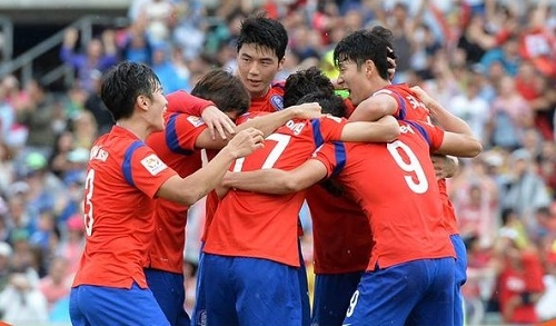 South Korea beat Uzbekistan by 2-0 to qualify for semifinal in asian cup 2015.