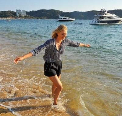 Beautiful Maria Sharapova at Acapulco.