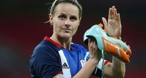England Woman Kelly Smith retires from international football