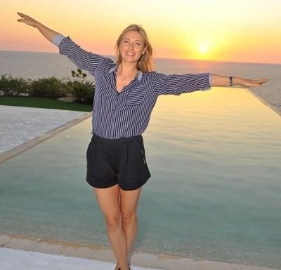 Maria Sharapova sights at Acapulco.