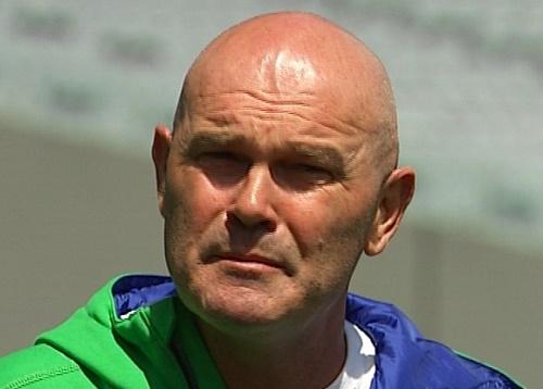 Martin Crowe can't miss New Zealand-Australia battle despite Cancer.