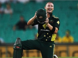 Michael Clarke eager to play for Australia in 2015 cricket world cup.