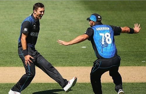 New Zealand beat Australia by 1 wicket in 2015 world cup at Auckland.