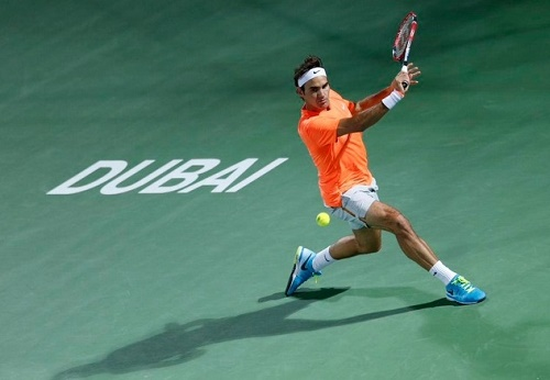 Roger Federer wins his 7th Dubai tennis title by beating Djokovic.