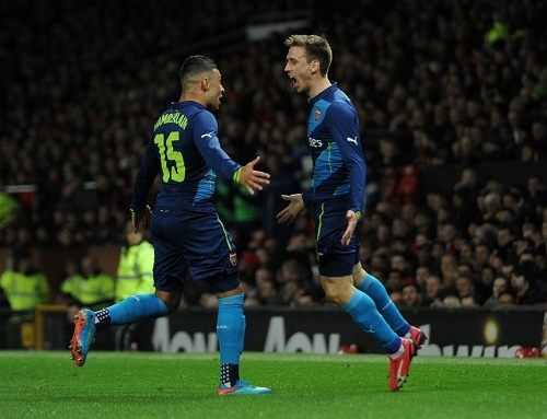 Arsenal qualify at FA Cup semifinal be beating Manchester United.