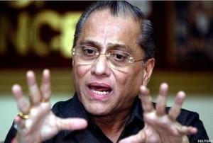 Jagmohan Dalmiya becomes BCCI President after a decade.
