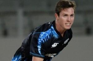 Matt Henry replaces Adam Milne in Kiwis world cup squad.