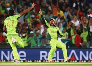 Pakistan beat South Africa to return strong in 2015 world cup.