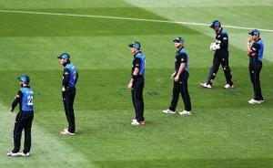 South Africa set 298 runs target (DL) for New Zealand in semifinal.