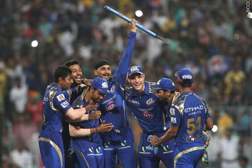 Mumbai Indians beat Chennai Super Kings to win 2015 IPL.