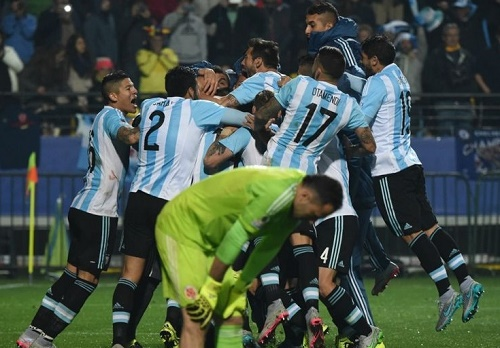 Argentina beat Colombia in Penalties by 5-4 of 2015 Copa America quarter-final.