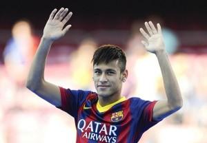 OMG Video Neymar Jr scores the goal from back of the net.