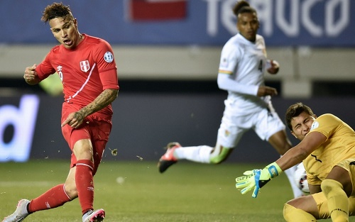 Peru beat Bolivia to set up Copa America semi-final against Chile.