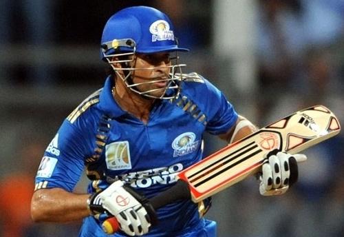 Sachin Tendulkar's top 5 performances in IPL history.