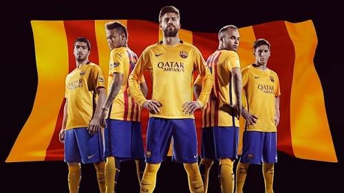 FC Barcelona 2015-16 away kit.