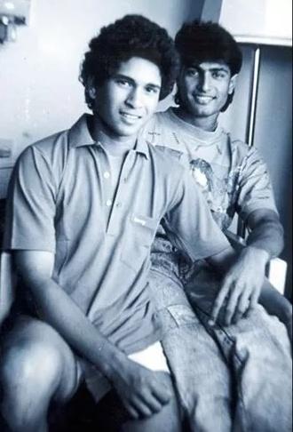 Sachin Tendulkar, Salil Ankola, Waqar Younis and Shahid Saeed debut together in India vs Pakistan 1989 test.