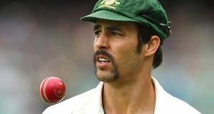 Mitchell Johnson announces retirement from international cricket