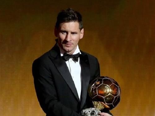 Lionel Messi wins FIFA Ballon d'Or 2015 award.