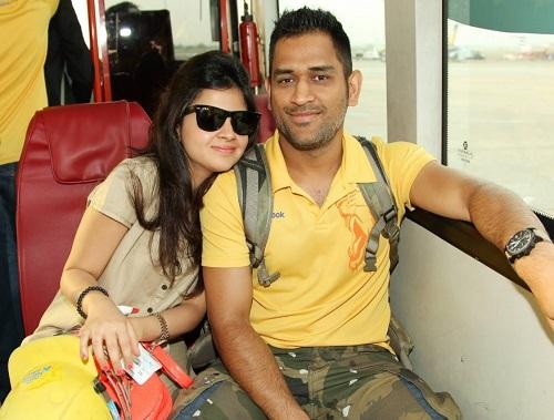 Sakshi Singh Dhoni and Mahendra Singh Dhoni.