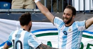 Argentina beat Venezuela to enter Copa America 2016 semi-final
