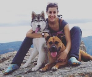 Carolina Marin loves dogs