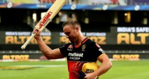 """AB De Villiers can hit yorkers bowled at 180 km/h,"" Pat Cummins"