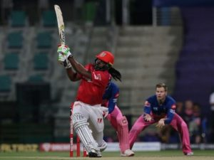 Chris Gayle hit 1000 sixes in T20 cricket