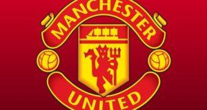 Manchester United signs Edinson Cavani, Facundo Pellistri