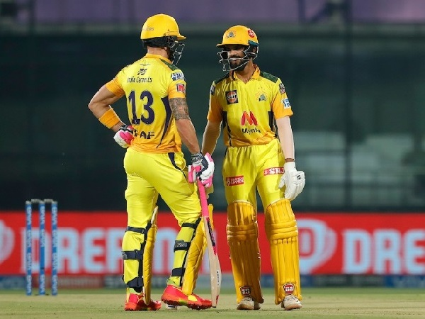 CSK thrashed SRH by 7 wickets in IPL 2021