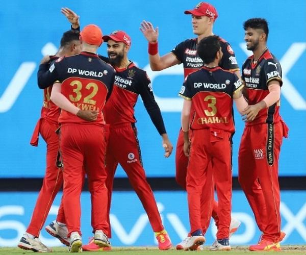 RCB won by 38 runs against KKR in IPL 2021