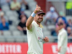 James Anderson gets 1000 wickets first class cricket