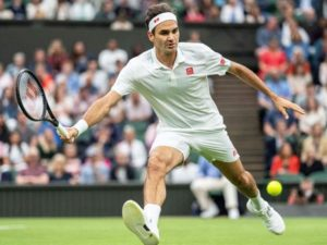 Roger Federer oldest player to reach round of 3 at Wimbledons